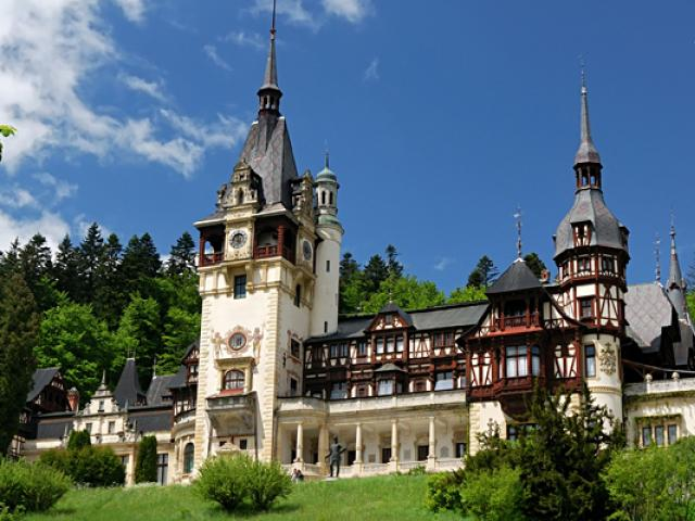 picture of peles castle
